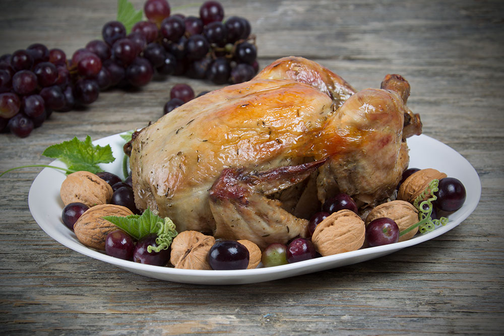 Lemon-Baked Chicken with Nuts and Grapes