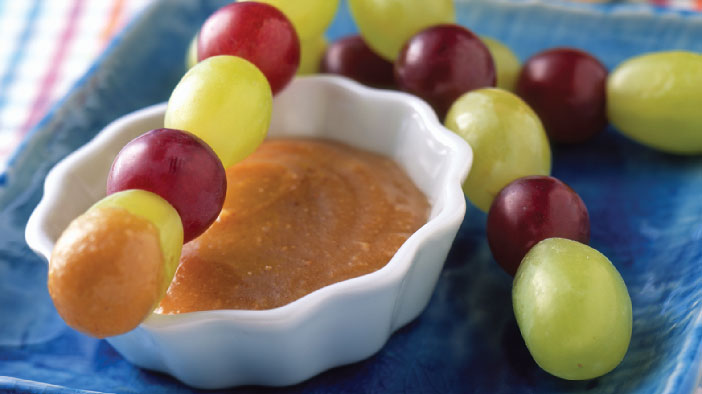 Grape Kabobs With Honey Peanut Butter Dip
